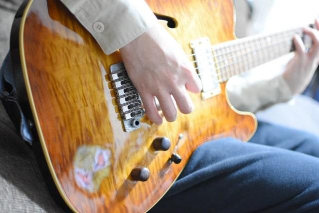 【プロギタリスト】日本人おすすめのギタリスト3選を紹介
