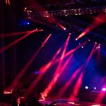 コンサートのリハーサルと本番で音の響きが変わる理由