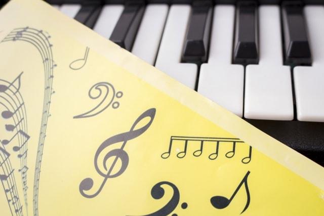 幼児期の音楽教育が良い影響をもたらす理由