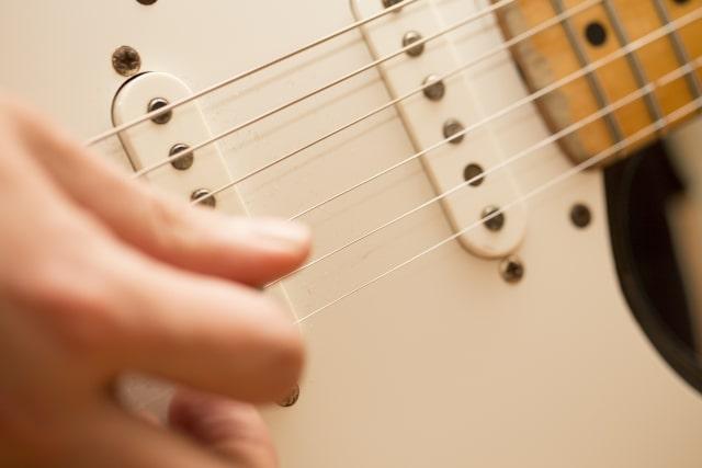 ギタリスト速弾きマスターへの一歩!おすすめ速弾きトレーニング本3選